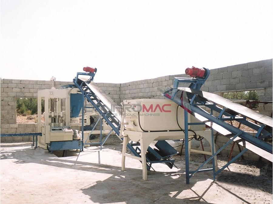 CB-4 Tek Bunkerli Beton Briket Makinası
